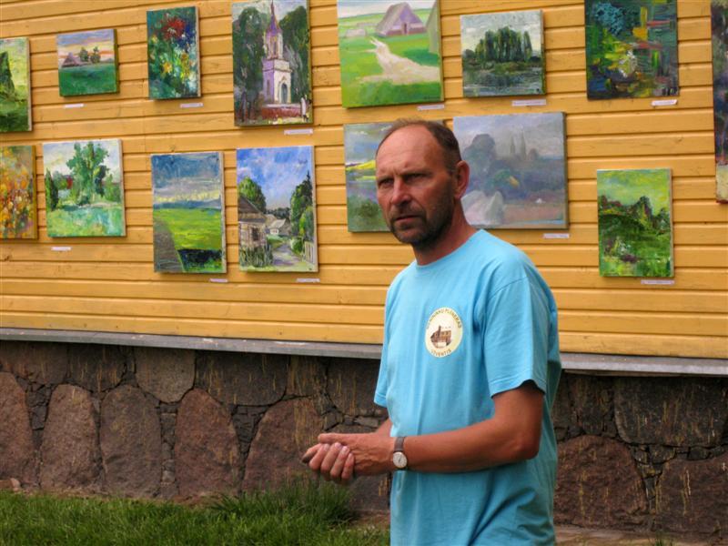 Valentinas Varnas parodos atidarymo metu